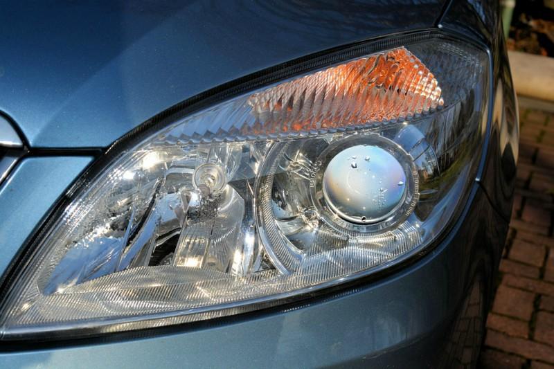 Becurile cu LED-uri pentru masina